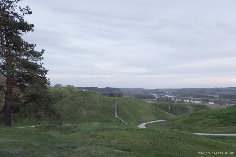 Kernavė – Kulturreservat und Welterbe: Hügel